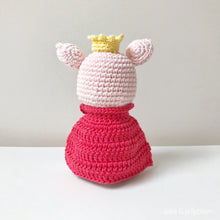 "Load image into Gallery viewer, AMIGURUMI PATTERN/ tutorial (English) Amigurumi Pig - ""The Pig Prince"" pdf - US terminology"