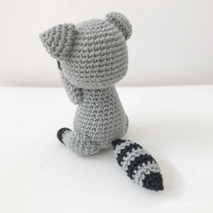 "AMIGURUMI PATTERN/ tutorial (English) Amigurumi Raccoon - ""Rocco the Little Raccoon"" pdf - US terminology"