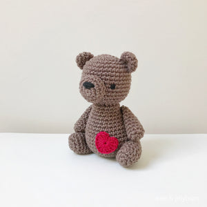 "AMIGURUMI PATTERN/ tutorial (English) Amigurumi Teddy Bear ""The Little Teddy Bear"" pdf - US terminology"