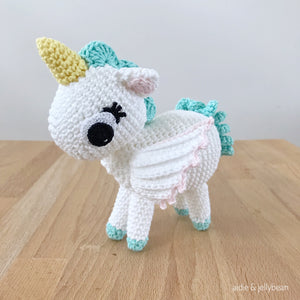 "AMIGURUMI PATTERN/ tutorial (English) Amigurumi Unicorn - ""Madeline the Unicorn"" pdf - US terminology"