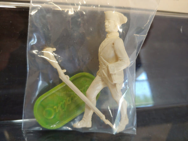 Elastolin 70mm Unpainted #9133 Washington Regiment Colonial Infantryman