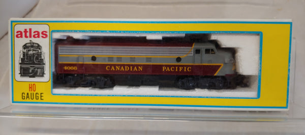 Atlas HO FP-7 Diesel Locomotive Canadian Pacific #4066