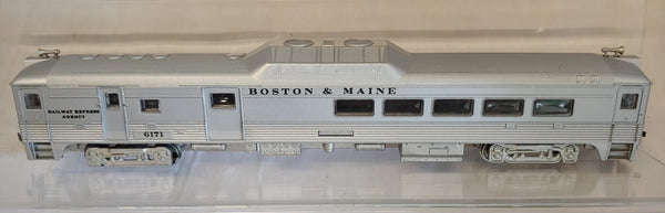 Athearn HO BUDD  Locomotive Boston & Maine Railway Express (Dummy)