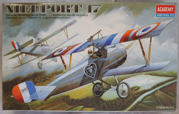 Academy 1/32 Kit #2190 WWI Nieuport 17 Fighter