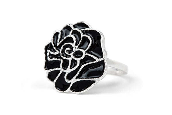 Enamel rose ring