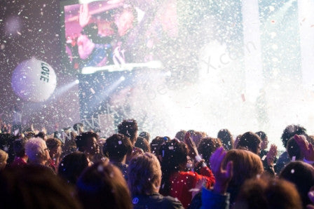 rent co2 continuous flow confetti cannon and blaster