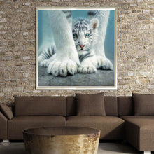 Load image into Gallery viewer, Tiger 30x30cm(canvas) partial round drill diamond painting