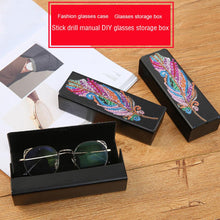 Load image into Gallery viewer, DIY Diamond Painting Leather Sunglasses Storage Box Portable Glasses Case