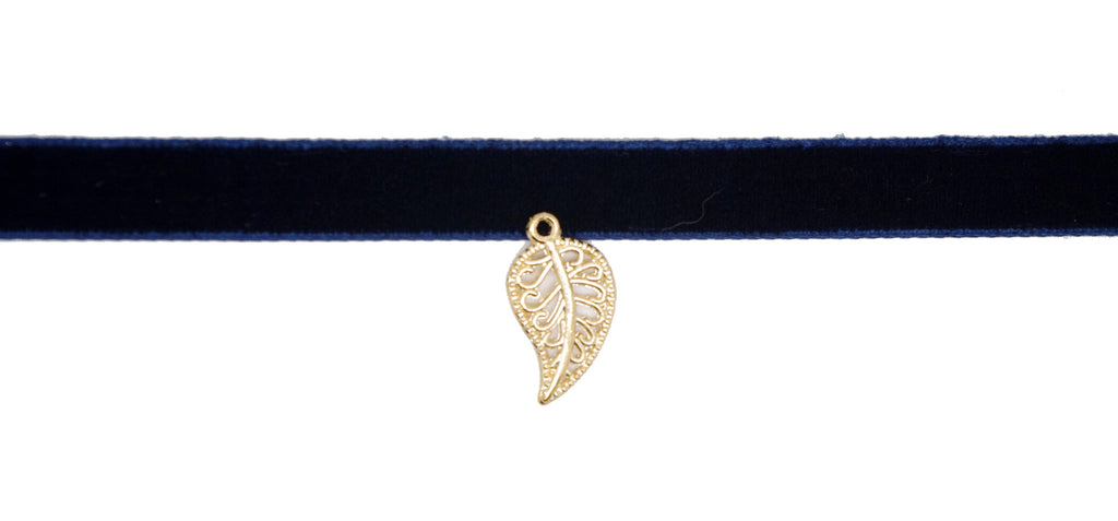 Velvet Choker Rockabilly Goth Choker Necklace with Leaf Charm Pendant - Pendants and Charms
