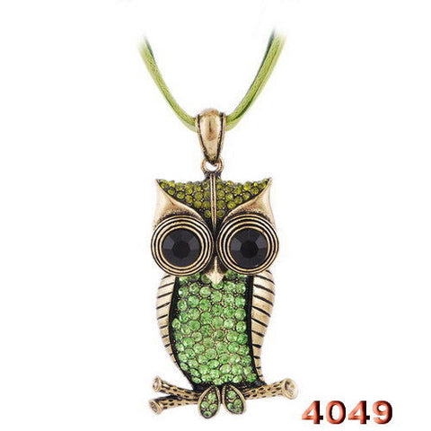 Big Eye Owl Green crystal ancient copper necklace pendant