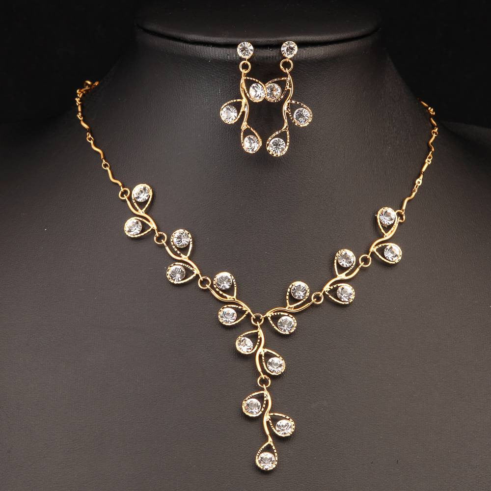 NEOGLORY GLITTERING GOLD PLATED NECKLACE SET 440503 - Pendants and Charms