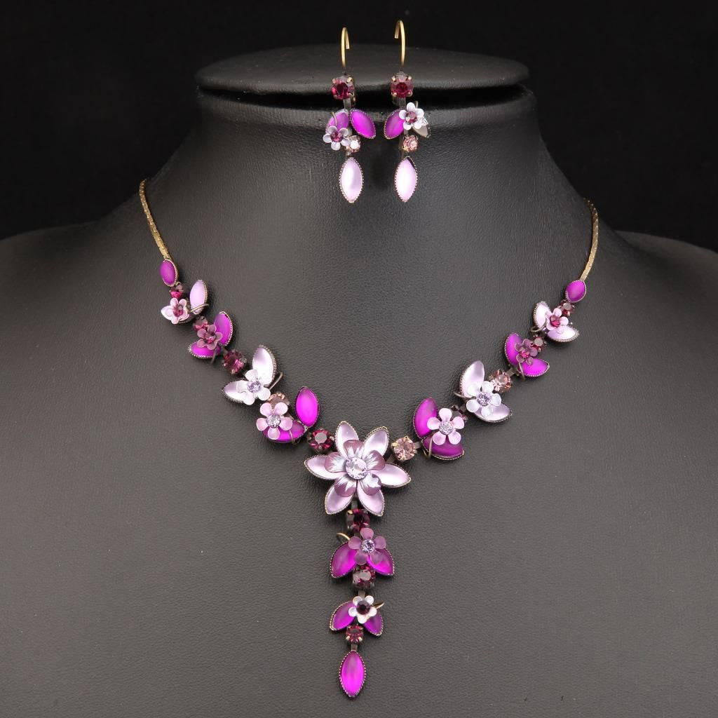 PRETTY ANTIQUE GOLD PLATED PURPLE FLOWERS NECKLACE SET 430603 - Pendants and Charms