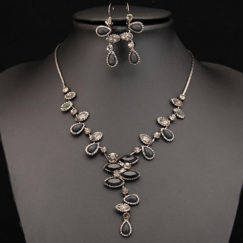 STYLISH PEWTER PLATED BLACK/GREY CRYSTALS NECKLACE SET 450108 - Pendants and Charms