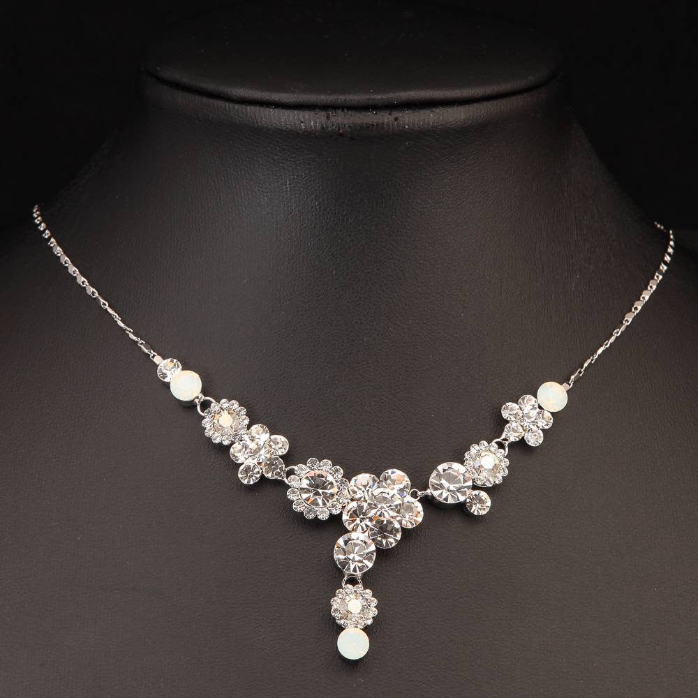 SILVER PLATED CLEAR CRYSTALS NECKLACE 440504 - Pendants and Charms