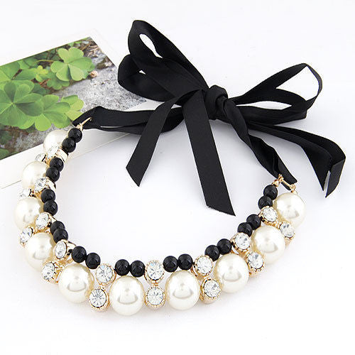 Monochrome black white clear Fashion Pearl Choker Vintage Look Crystal Chunky Statement Necklace - Pendants and Charms