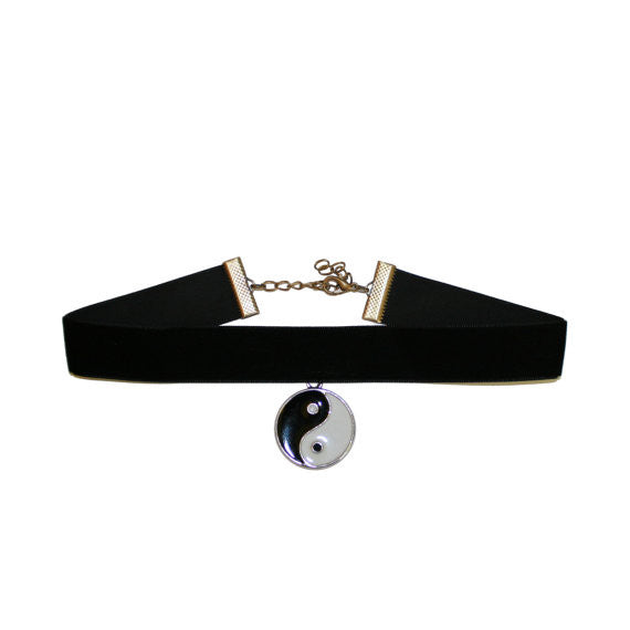 Tao Velvet choker necklace Gothic Black  Classic Choker Necklace - Pendants and Charms