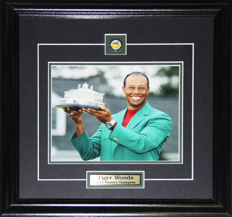 Tiger Woods PGA Golf 2019 Masters Collector Memorabilia 8x10 frame (Middle)