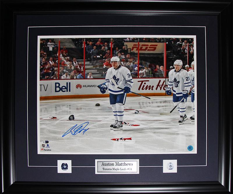 Auston Matthews Toronto Maple Leafs Signed 16x20 NHL Hockey Collector Frame