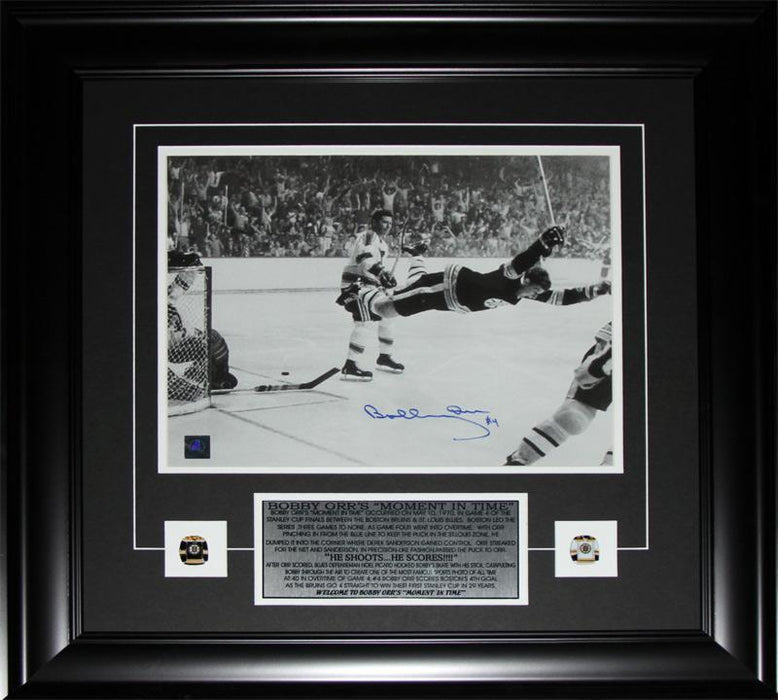 Bobby Orr Boston Bruins The Goal Black & White 11x14 Signed NHL Hockey Frame