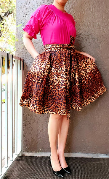 AA524 - Woman short skirt - Brown Animal Print