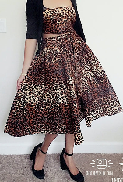 7012 Woman Mid Length Skirt - Brown Animal Print