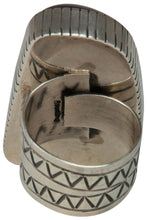 Load image into Gallery viewer, Navajo Native American Druzy Ring Size 8 by Darryl Livingston SKU229167