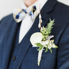 Load image into Gallery viewer, Boutonniere