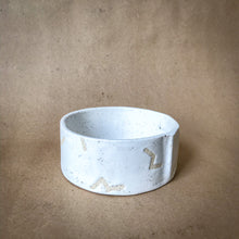 Load image into Gallery viewer, Sugarhouse Ceramics Pet Dish