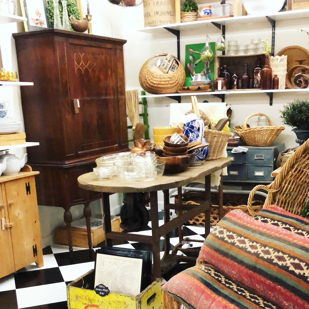 Antique mall booth ideas