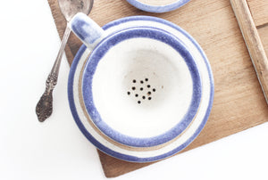 Teacup & Saucer with Set-In Strainer