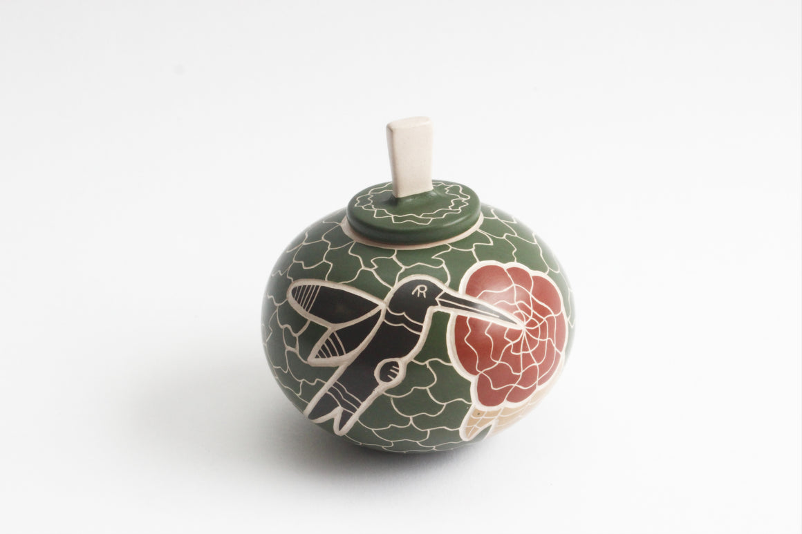 Vidal Corona Fine Art Pottery, Hand Painted Pot with Hummingbirds, Marta Ortiz, Mexico