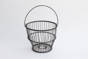 Rustic Metal Farmhouse Egg Basket, Vintage Wire Basket