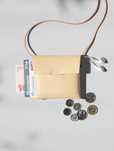 ORU MINI CASE > CARDS / HEADPHONES / COINS - Alfie Douglas - minimal leather bags backpacks handmade in England