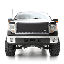 Load image into Gallery viewer, Smittybilt M1 Grille - 615832