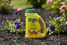 Load image into Gallery viewer, Miracle-Gro 1038361 Shake 'N Feed All Purpose Plant Food Plus Weed Preventer1, 4.5 LB