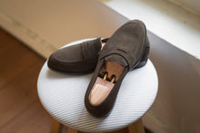 Load image into Gallery viewer, Carlos Santos Brown Suede Penny Loafers