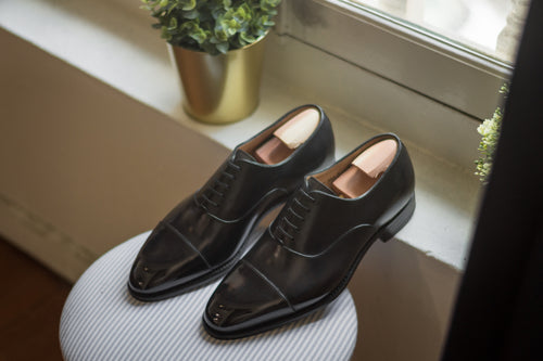 Carlos Santos Black Captoe Oxford