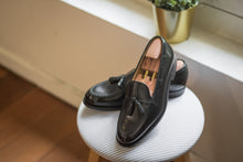 Load image into Gallery viewer, Carlos Santos Black Tasseled Loafers