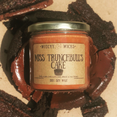 Miss Trunchbull's Cake 100% Soy Wax Candle