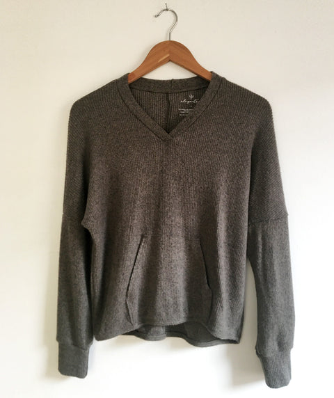 CITY pocket pullover in Dark Sage<br/>(Less than perfect)