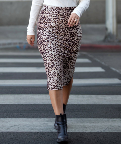 CARRIE cheetah print pencil skirt in Brown/Tan