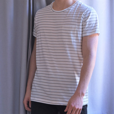 MENS pocket tee in White/Black Stripe