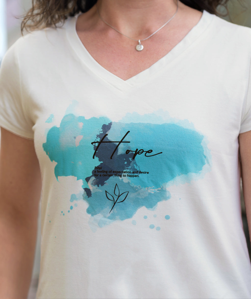 HOPE v-neck tee in Ivory