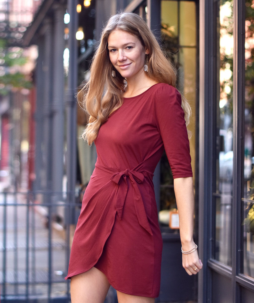 The JOANNA dress in Burgundy