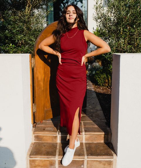 LOS FELIZ rib knit dress in Burgundy