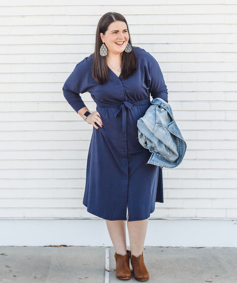 The MOLLY multi-wear design in Navy