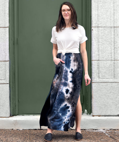 RANI tie-dye long skirt in Black Multi
