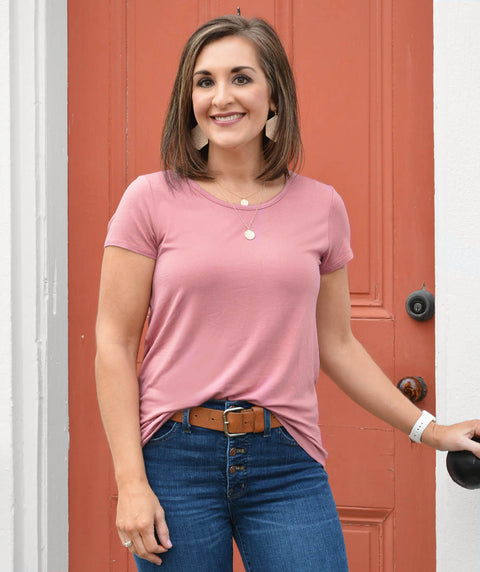 SCOOP neck basic tee in Mauve Pink