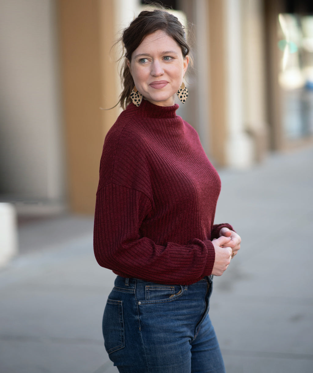 SELA rib knit top in Dark Wine