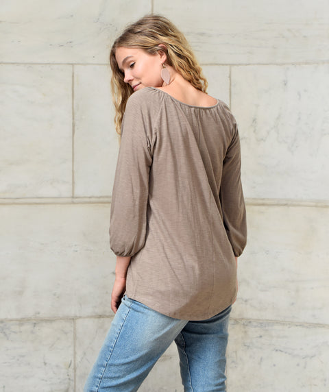The KARUNA slub jersey tee in Walnut